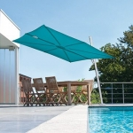 UrbanStyle Umbrellas: Cantilever Umbrella